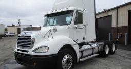 2009 Freightliner Columbia (3841)
